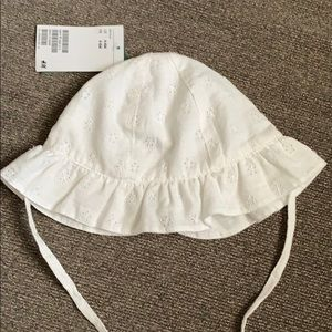 Sun Hat with Eyelet Embroidery